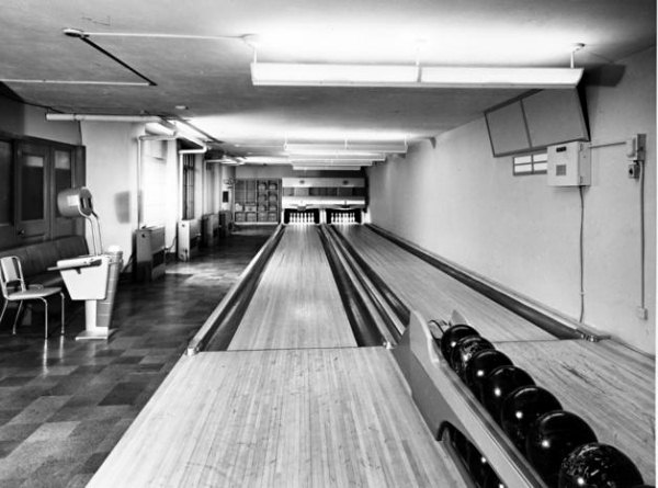 white house bowling alley 1948