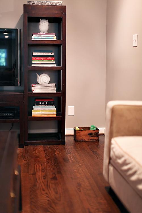 living room 7th house on the left. Black Bedroom Furniture Sets. Home Design Ideas