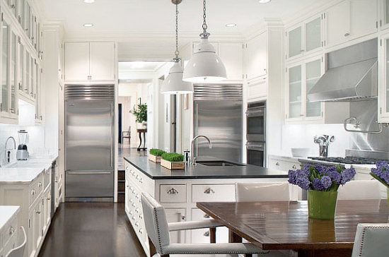 Peter Pennoyer French Modern Townhouse Kitchen 550x364 COUNTERTOPS, TILE, & GROUT, OH MY!