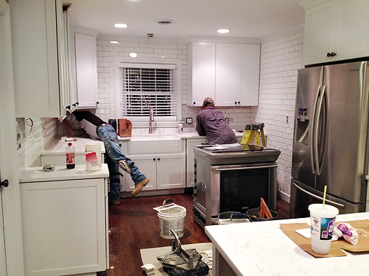 tile backsplash instillation