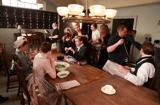 bts servanthall ON THE SET: DOWNTON ABBEY