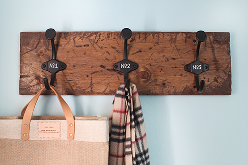 diycoatrack closeup DIY COAT RACK + LAUNDRY ROOM UPDATE