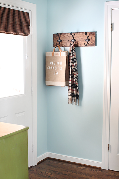 diycoatrack done DIY COAT RACK + LAUNDRY ROOM UPDATE