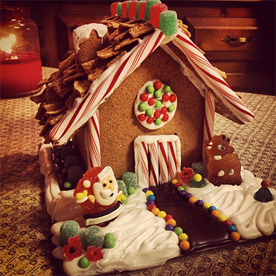 gingerbreadhouse CHRISTMAS 2012