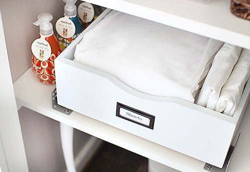 linencloset sheetdrawer 1 EASY LINEN STORAGE SOLUTION