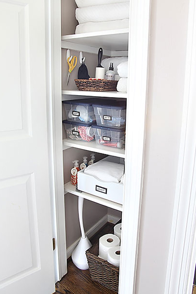 linencloset wideshot EASY LINEN STORAGE SOLUTION