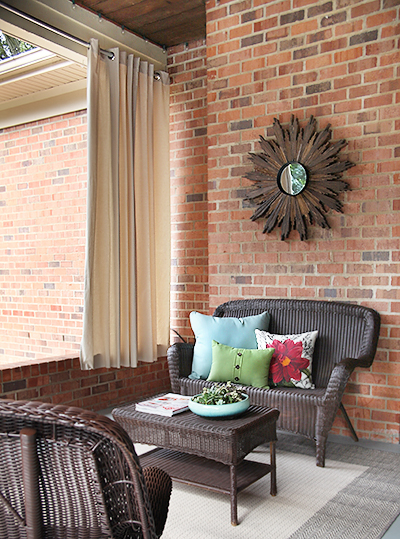 Covered Patio Makeover // Indoor Outdoor Curtains // 7thhouseontheleft.com