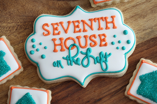 Custom Logo Cookies from Snickety Snacks // 7thhouseontheleft.com