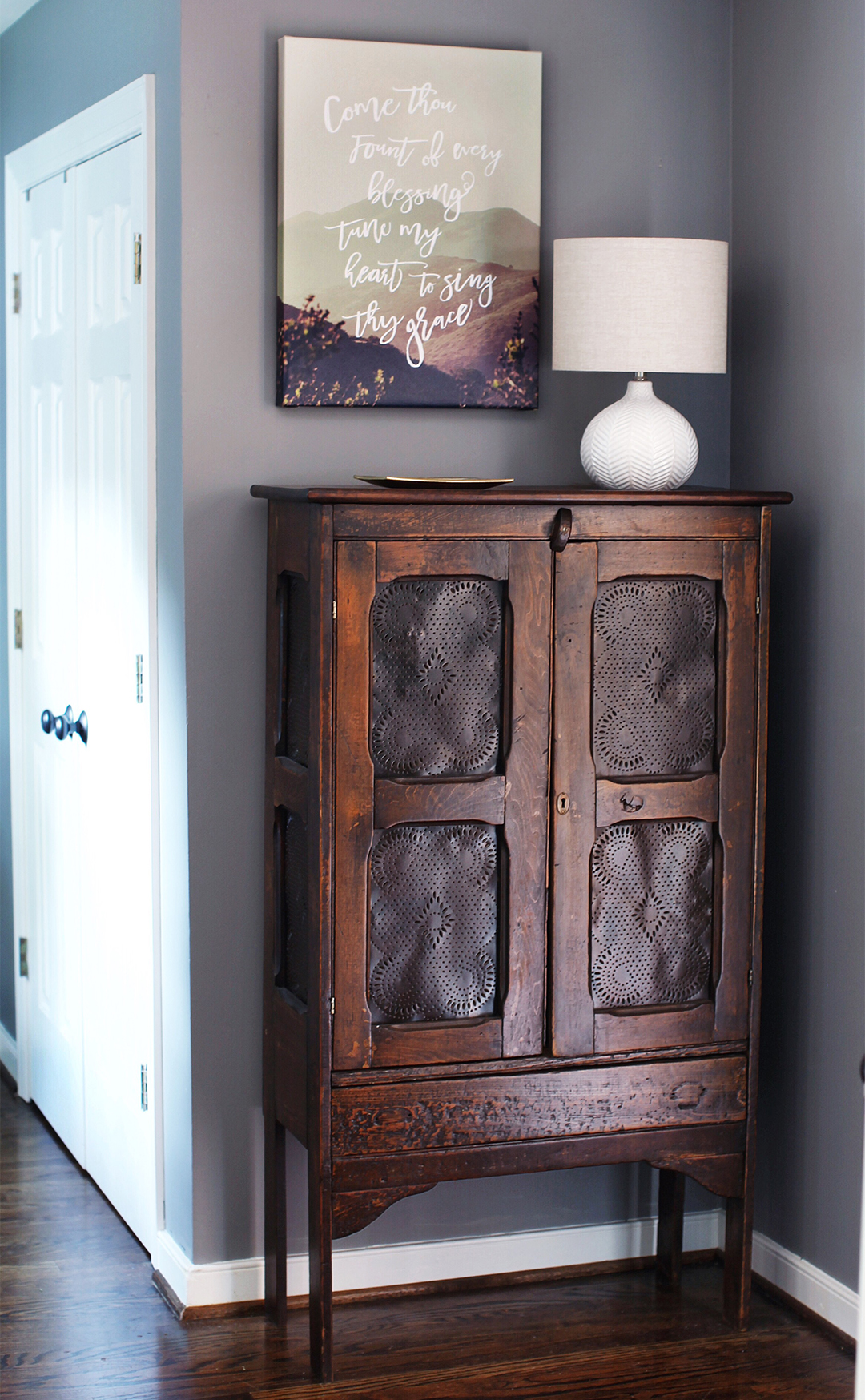 Antique Shoe Storage Cabinet / 7thhouseontheleft.com