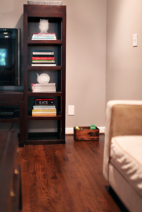 living room toy chest living room 187 7th house on the left 14369